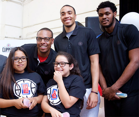 LA Clippers with students