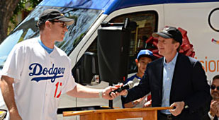 Los Angeles Dodgers partners with Vision To Learn