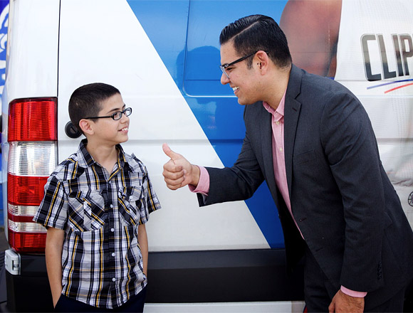 Mayor Robert Garcia with Long Beach student