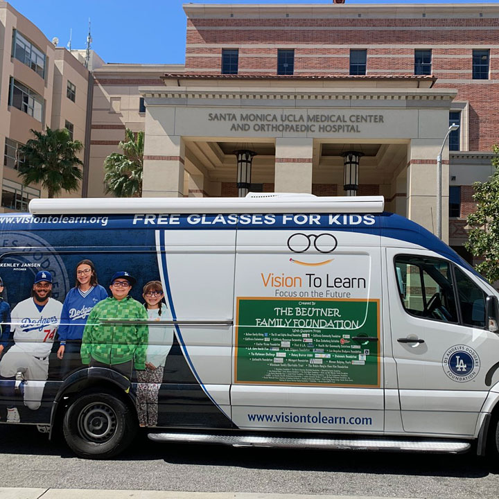 Dogers mobile clinic in front of UCLA Medical Center