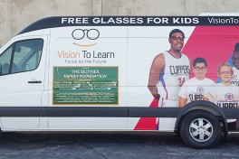 LA Clippers and Vision To Learn Team Up to Help Inglewood Students Get Free Glasses